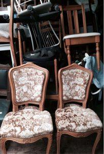 les-chaises-1